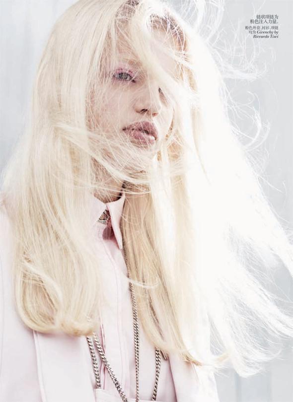 Съёмка: Дафне Гренвельд для Vogue. Изображение № 6.