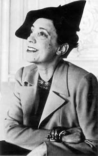 Эльза Скиапарелли. Сюрреализм вмоде 30-х годов. Изображение № 46.