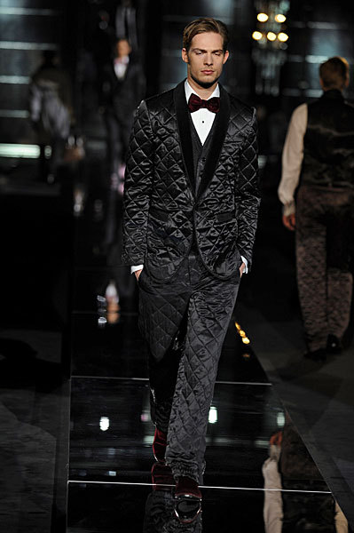 Giorgio Armani начал войну против Dolce&Gabbana. Изображение № 4.
