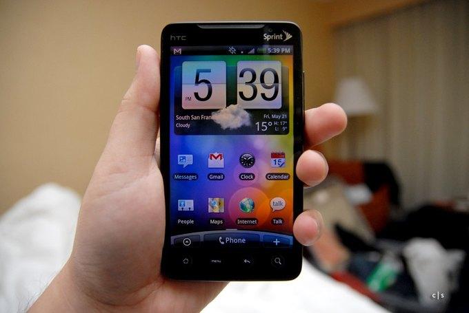 Владельцы больших смартфонов чаще смотрят мобильное видео. Изображение № 1.