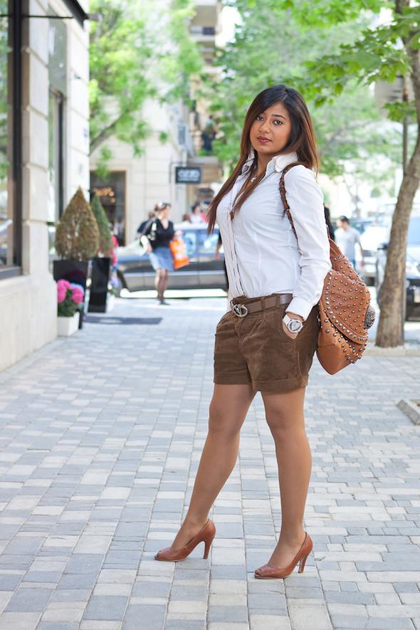 Baku Street Fashion | Spring 2012. Изображение № 40.