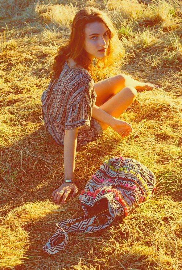 Лукбуки: H&M, Zara, Urban Outfitters и другие. Изображение №100.