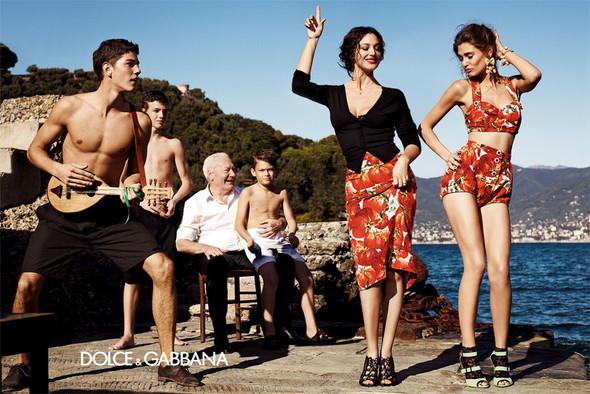 Кампания: Dolce & Gabbana SS 2012. Изображение № 8.