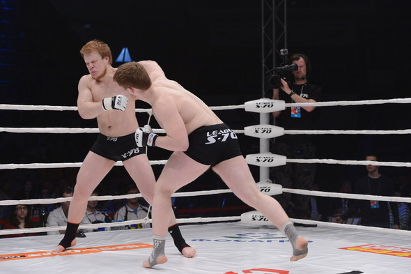 Звезды поддержали спорт на третьем этапе чемпионата России по смешанны. Изображение № 5.