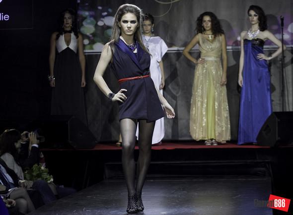 Неделя моды от «Эстет»: осень-2011 (05.10.2011). Изображение № 57.