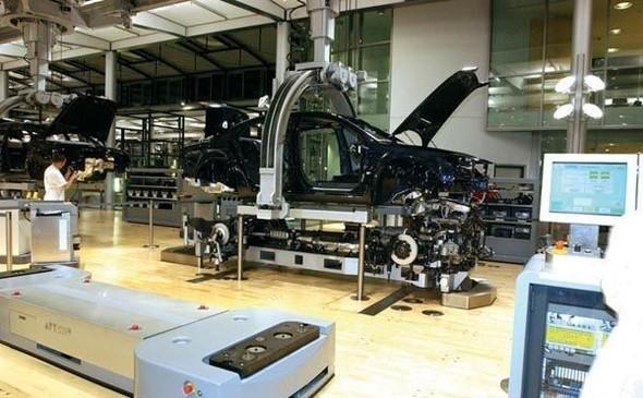 Стеклянная мануфактура Volkswagen. Изображение № 16.