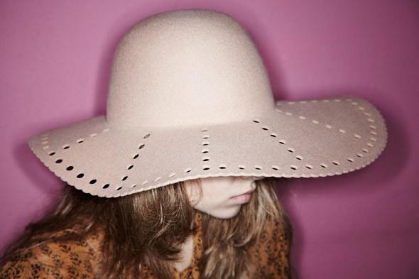 Гардероб: Катя Ложникова, редактор аксессуаров журнала In Style. Изображение № 8.