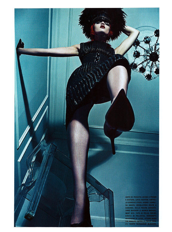 Съёмка: Стивен Кляйн для итальянского Vogue. Изображение № 8.