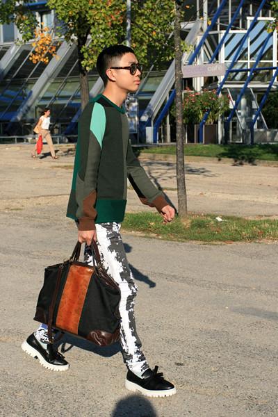 City Looks: Недели моды и Торонто глазами блога You Just Got Spotted. Изображение № 15.