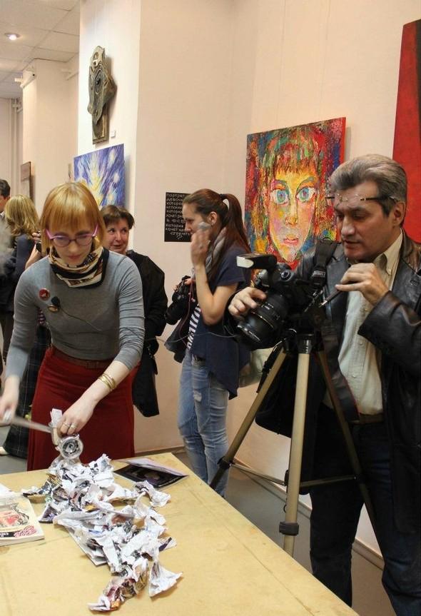 Деятели культуры вступились за «Галерею АЗ». Изображение № 35.