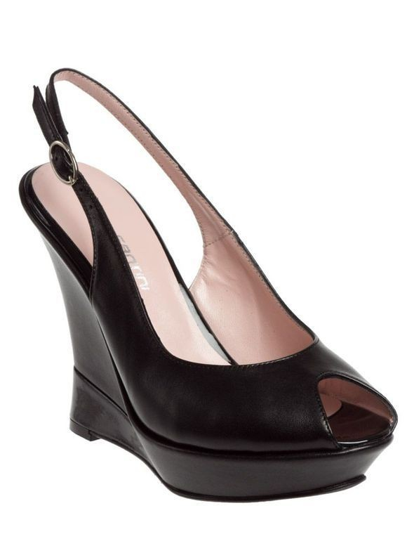 Изображение 39. Обувь: тренды лета 2011.. Изображение № 42.