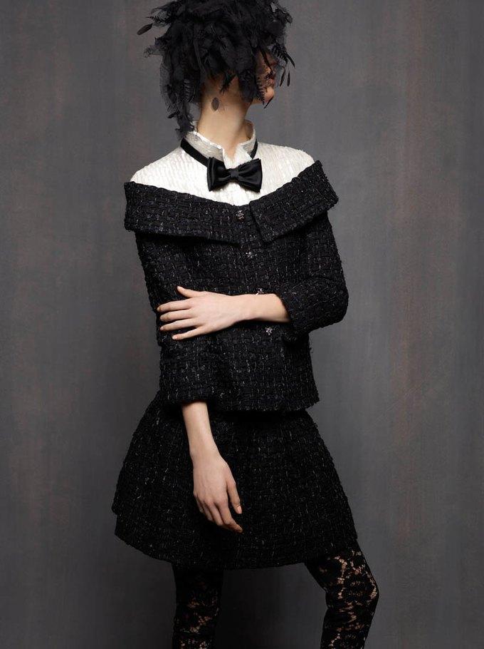 Chanel, Trends Brands и Urban Outfitters показали новые лукбуки. Изображение № 3.