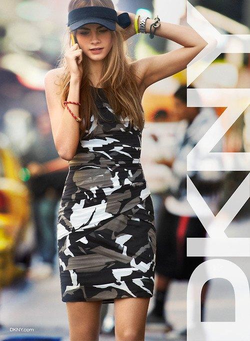 Alberta Ferretti, DKNY и Moschino показали новые кампании. Изображение № 6.