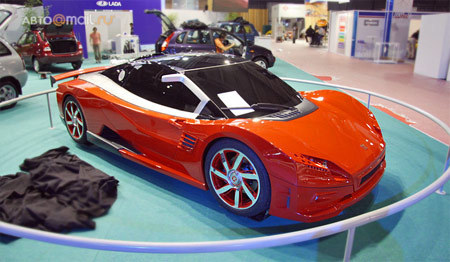 Lada vsBugatti Veyron. Изображение № 1.