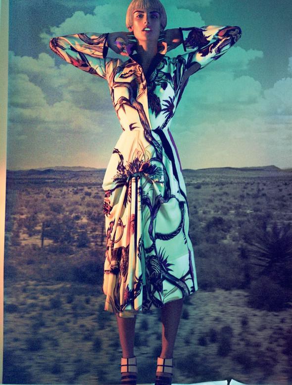 Съёмка: Алессандра Амброзио для Muse. Изображение № 9.