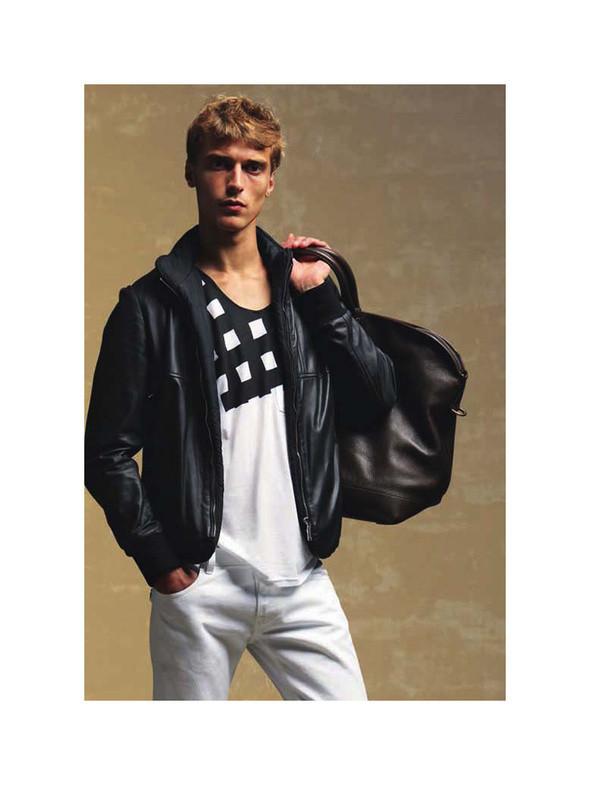 Изображение 15. Мужские лукбуки: Bally, Dolce & Gabbana, Supreme и другие.. Изображение № 15.