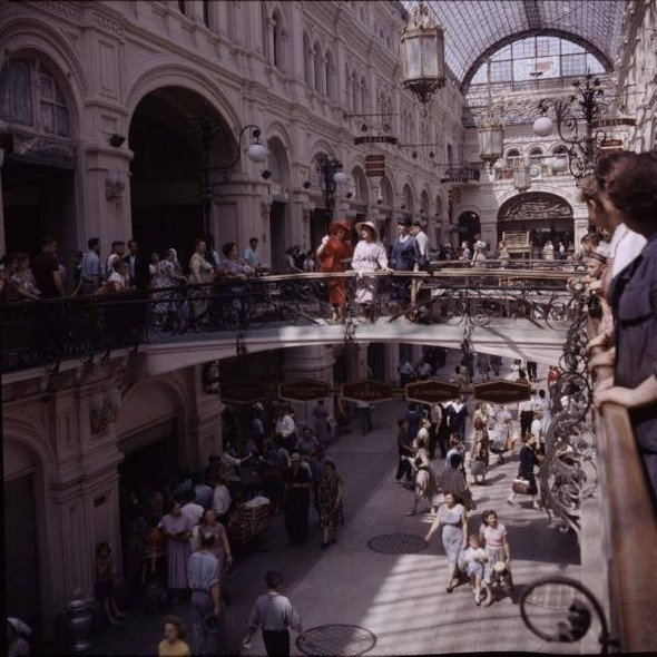 Dior in Moscow, 1959 год. Изображение № 4.