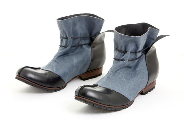 Проба пера латвийских обувщиков. Изображение № 5.