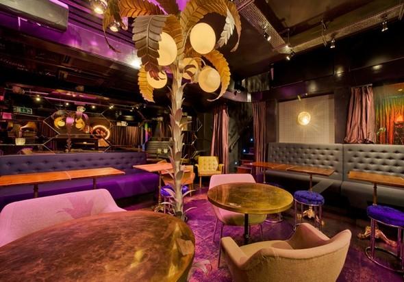 Под стойку: 15 лучших интерьеров баров в 2011 году. Изображение № 122.