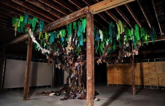 Изображение 6. Recycling Clothing Art.. Изображение № 6.