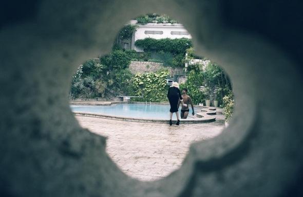 Madonna. Гулять такгулять. Изображение № 10.