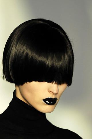 Лимитированный черный блеск отYSL. Изображение № 3.