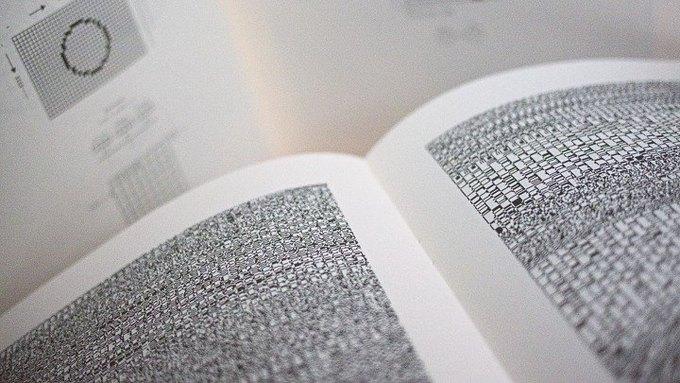 Книгу для будущих поколений написали бинарным кодом . Изображение № 2.