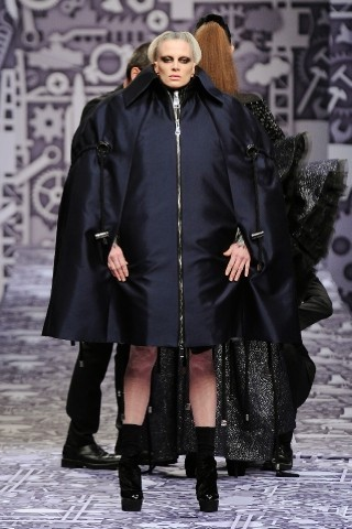 Back to black : Gareth Pugh и Victor&Rolf aw 2010-2011. Изображение № 74.