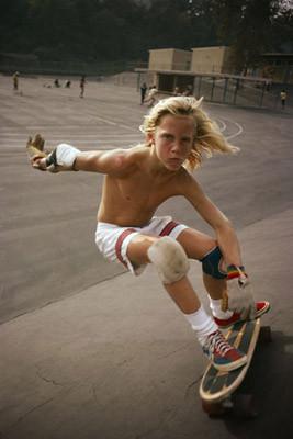 Hugh Holland. Скейтборд-хроники 70-х. Изображение № 16.