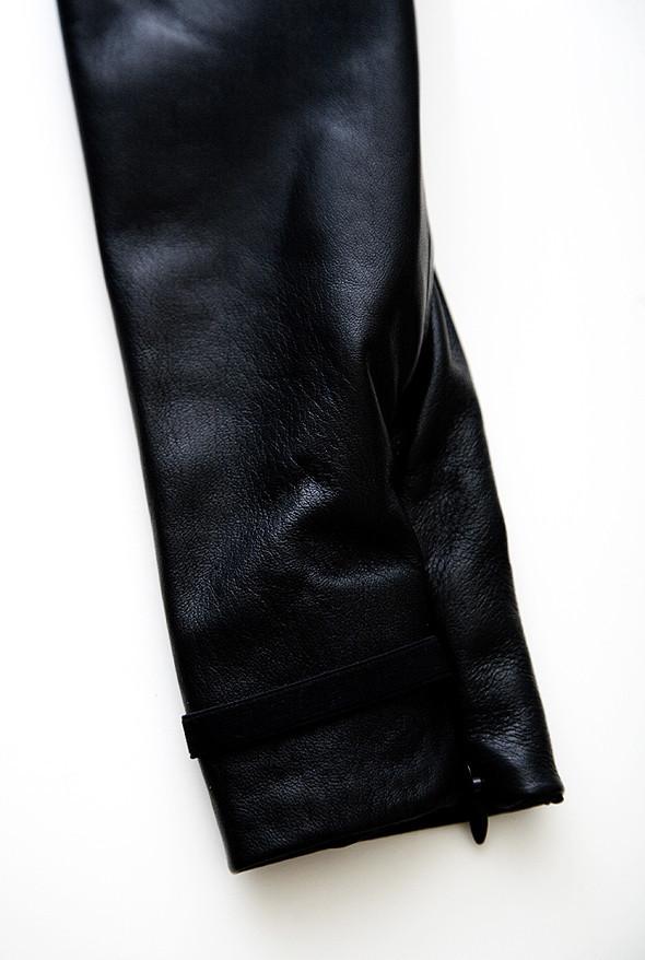 Вещь дня: кожаный топ Maison Martin Margiela. Изображение № 3.