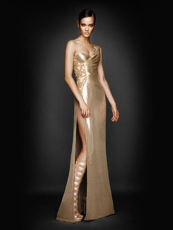Atelier Versace FW 2010. Изображение № 11.