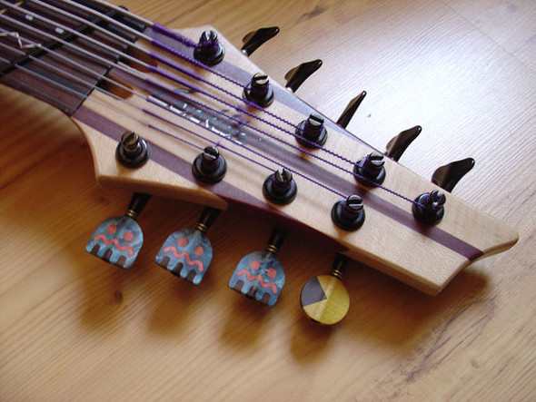 Необычные бас-гитары prt.2. Изображение № 10.