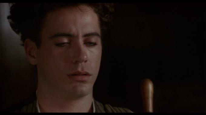 Роберт Дауни-младший закатывает глаза. Изображение № 6.