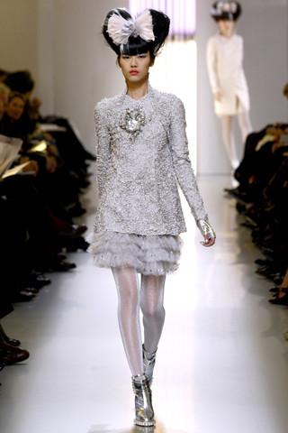 Неделя моды в Париже: Haute Couture. Изображение № 37.