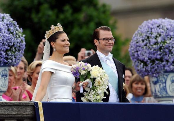 Свадьба шведской кронпринцессы Виктории. Изображение № 8.
