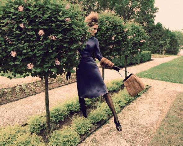 Съемка: Тэрин Дэвидсен для сентябрьского Elle Канада. Изображение № 5.
