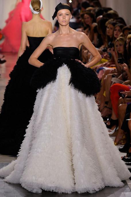 Изображение 3. Giambattista Valli Haute Couture FW 2011.. Изображение № 5.