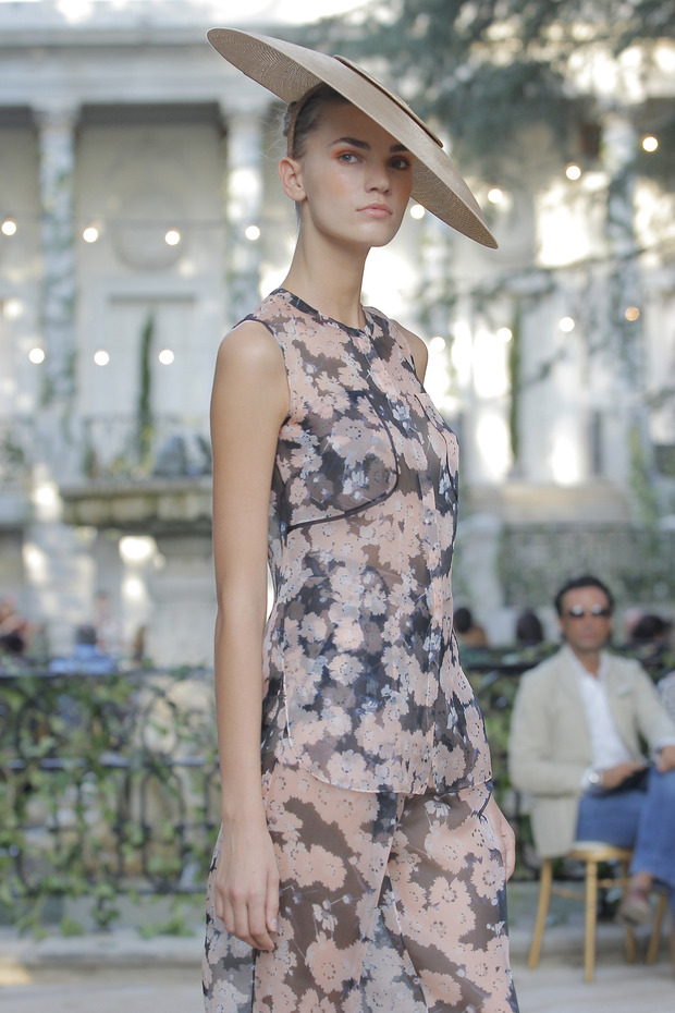 Madrid Fashion Week SS 2013: DELPOZO . Изображение № 8.