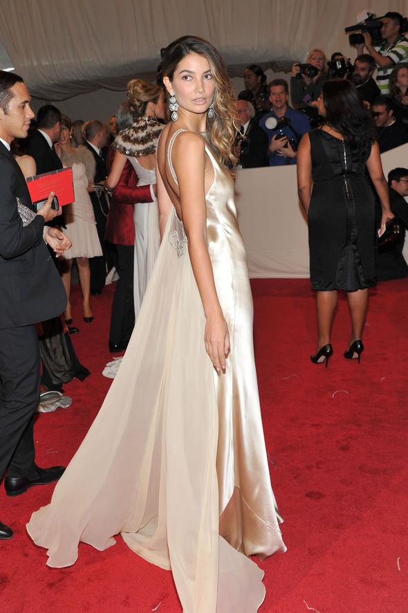 Изображение 23. 2011 MET Costume Institute Gala - Models style.. Изображение № 24.