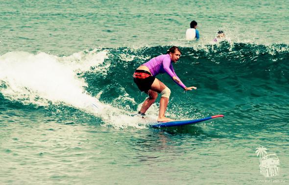 Surf Van Camp – деликатное полоскание с доской на Бали. Изображение № 3.