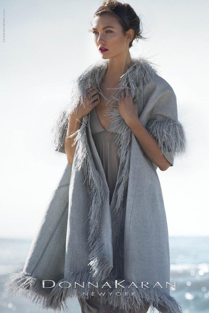 Вышли превью кампаний Versace, Dolce & Gabbana и других марок. Изображение № 2.