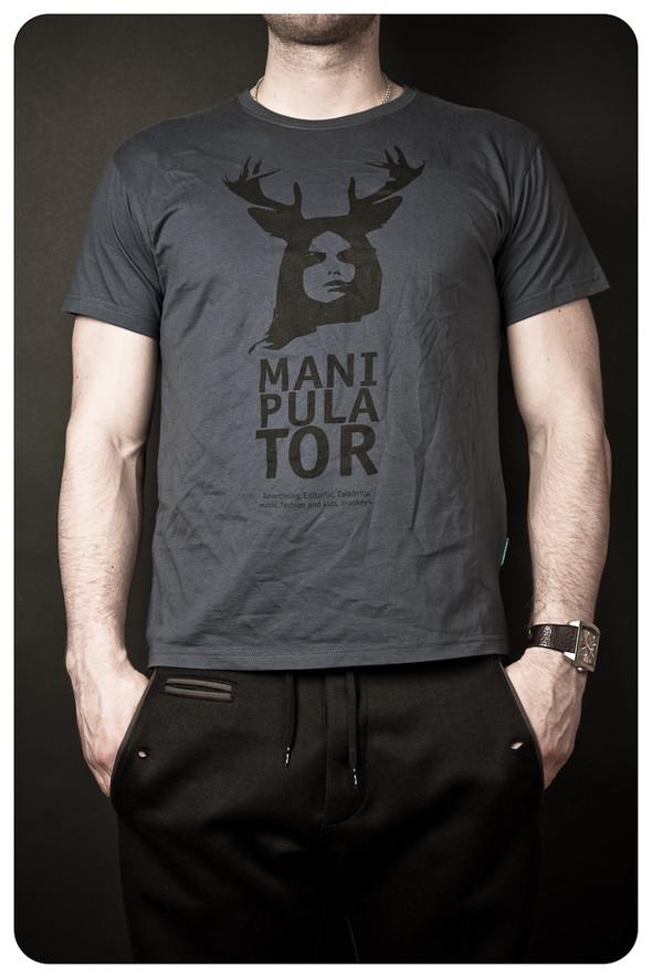 MANIPULATOR T-Shirt. Изображение № 4.