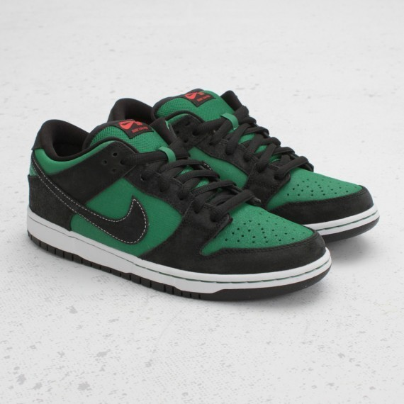Nike SB Dunk Low Premium Pine Green Woodgrain. Изображение № 4.