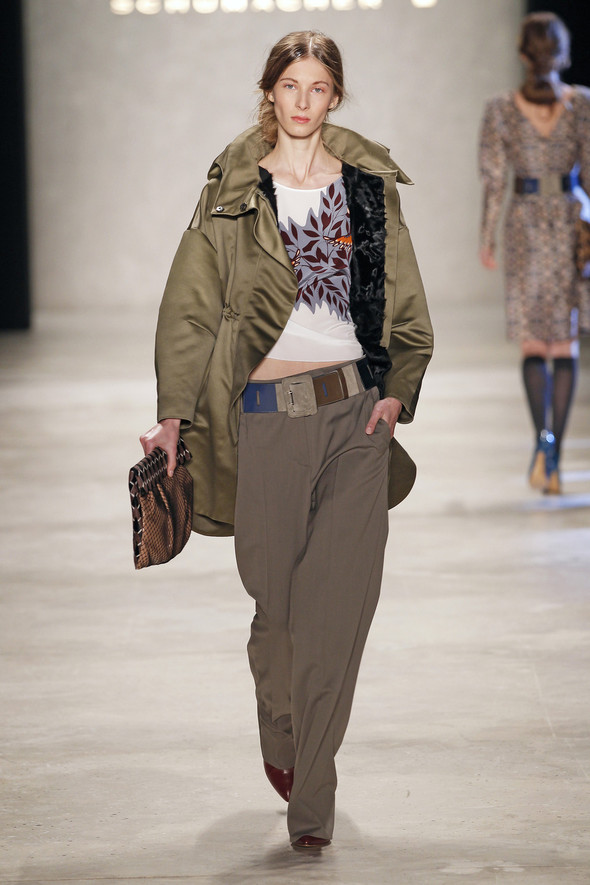 Berlin Fashion Week A/W 2012: Schumacher. Изображение № 15.