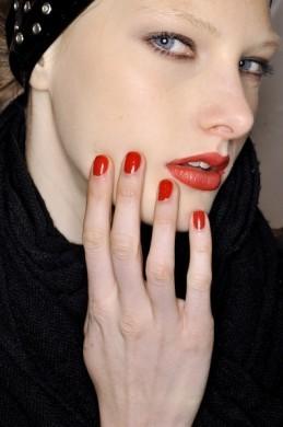 Red lipstick. Изображение № 36.