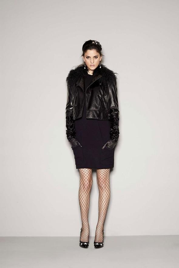 Лукбук: Dolce & Gabbana FW 2011 Women's. Изображение № 6.
