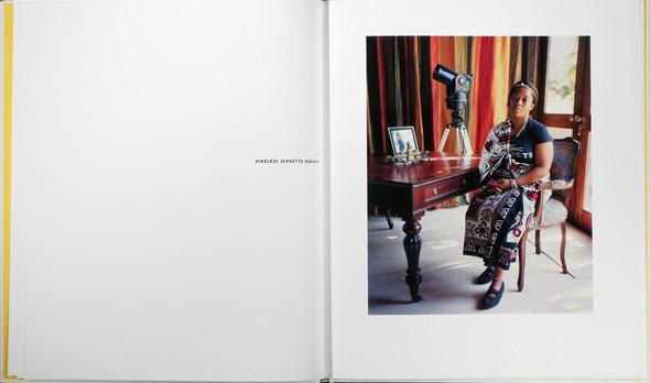 12 альбомов фотографий непривычной Африки. Изображение № 102.