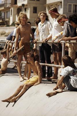 Hugh Holland. Скейтборд-хроники 70-х. Изображение № 15.