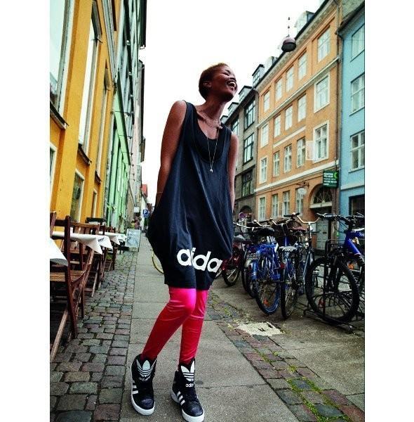 Изображение 2. Блогеры сняли лукбук для Adidas.. Изображение № 2.