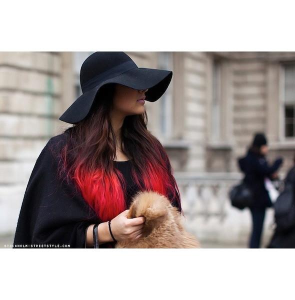 Изображение 5. На полях: 10 тенденций уличного стиля с прошедших недель моды.. Изображение № 5.